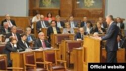 Crnogorski premijer Milo Đukanović odgovara na pitanja poslanika