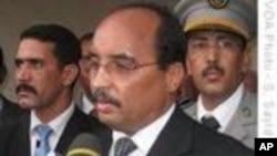 Le président mauritanien, le général Mohamed Ould Abdel Aziz dans sa ville natale, Akjoujt.