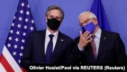 Entoni Blinken i Žosep Borelj u Briselu (Foto: Reuters/Olivier Hoslet/Pool)