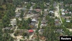 Foto udara salah satu permukiman di Kepulauan Mentawai yang masih minim tenaga medis (foto: ilustrasi).