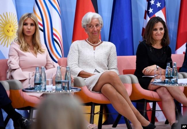 在G20峰会的在女企业家财政会议上的白宫顾问伊万卡·川普,国际货币基金组织总裁拉加德和芬兰外长