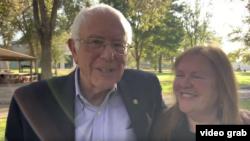 民主黨籍總統參選人桑德斯(Bernie Sanders)已經返回他位於佛蒙特州的家中。