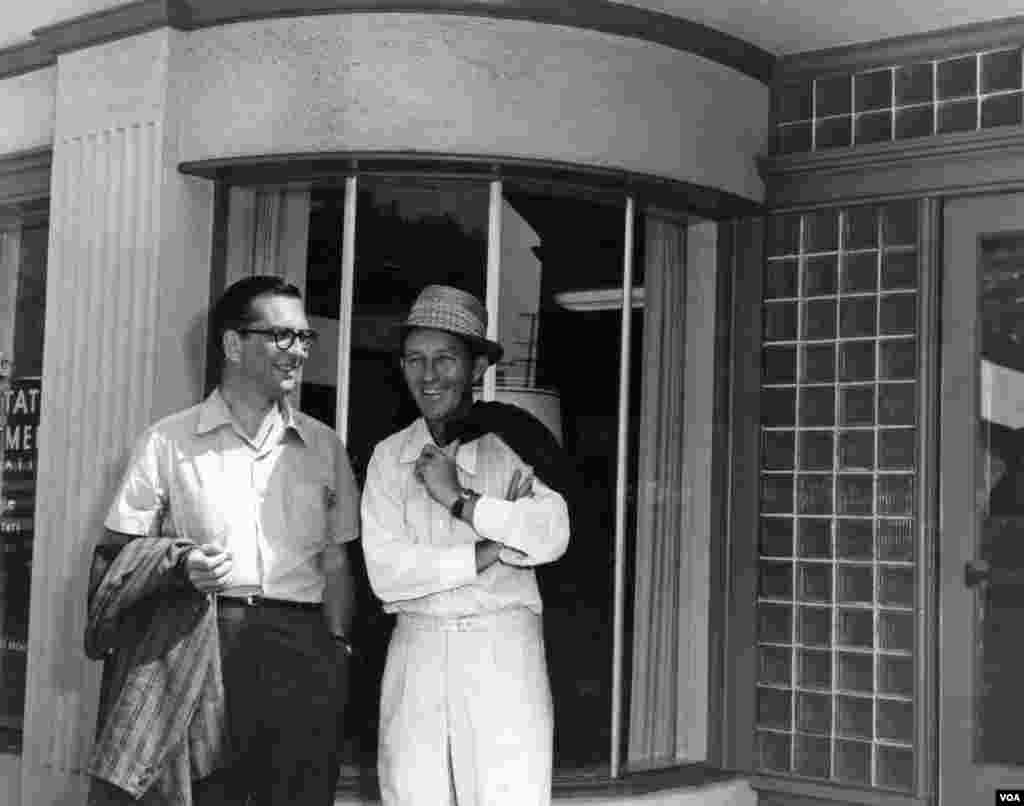 Conover with Bing Crosby, after interviewing him