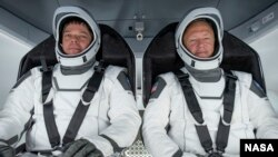 Aстронавти Боб Бенкен і Даг Гарлі