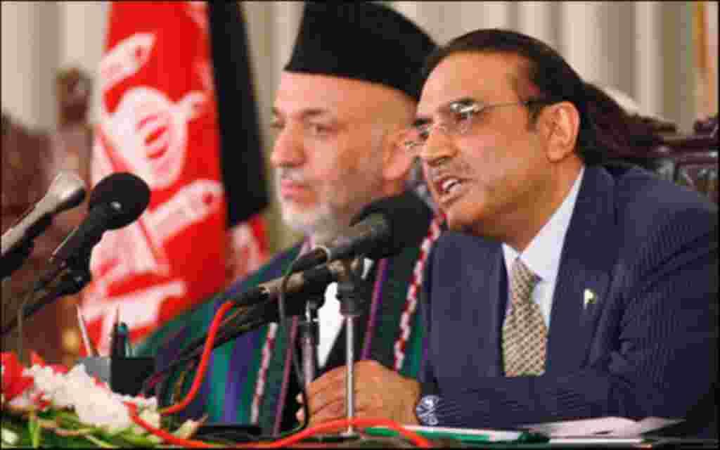 حامد کرزای رییس جمهوری افغانستان که به پاکستان سفر کرده در باره نقش اسلام آباد در تلاش کابل برای صلح با طالبان گفتگو می کند. این نخستین سفر کرزای به اسلام آباد پس از کشته شدن اسامه بن لادن رهبر القاعده در شهر آبوت آباد است. وی قرار است در این سفر دو روز