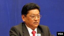 Padma Choling, Ketua Kawasan Otonomi Tibet.