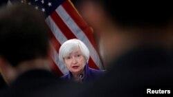 Conférence de presse de la présidente sortante de la Réserve fédérale américaine, Janet Yellen, à Washington, le 13 décembre 2017. (Reuters)