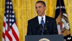 سهرۆک ئۆباما له کۆنگریهکی ڕۆژنامهوانیدا له کۆشـکی سـپی دهدوێت، ههینی 10 ی نۆی 2010