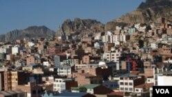 El gobierno de La Paz iniciará gestiones para un crédito de China para adquirir aviones para enfrentar al narcotráfico.