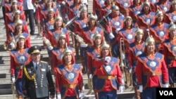 蒙古军乐团 (美国之音白桦拍摄)