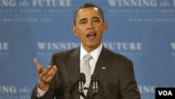 Presiden AS Barack Obama menyampaikan pidatonya yang menyinggung bantuan Amerika bagi Jepang, di Virginia, Senin (14/3).