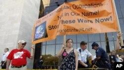 """抗議者舉辦""""佔領華盛頓""""抗議活動。"""