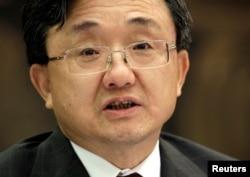 Thứ trưởng Ngoại giao Trung Quốc Lưu Chấn Dân Ông Lưu tố cáo 'các nước bên ngoài' là tìm cách quân sự hoá khu vực.