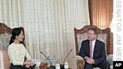 美国务卿将跟韦布见面谈缅甸局势