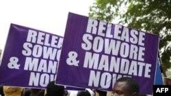 Manifestations demandant le journaliste activiste Omoyele Sowore