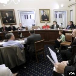 Samo u Americi - Beskrajnim diskusijama manjina može spriječiti glasanje u Senatu!