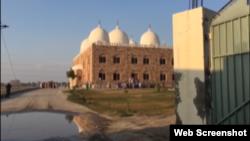 بہاول پور میں جامع مسجد اور مدرسے کی عمارت جسے مبینہ طور پر جیش محمد کا مرکز کہا جاتا ہے۔