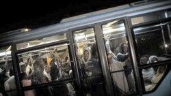 اعضای گروه فلاشا که به یهودیت گرویده اند، در فرودگاه بن گوریون در تل آویو