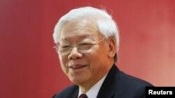 Tổng bí thư đảng cộng sản Việt Nam Nguyễn Phú Trọng phát biểu trong cuộc họp báo sáng 28/1/2016.