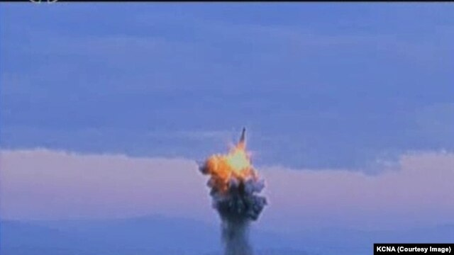 Footage from North Korean TV shows the recent SLBM test that video analysis suggests was a dud.
