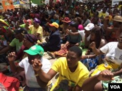 Some of the pro-Grace Mugabe activists protesting at the Zanu PF headquarters.