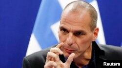 Atina'nın 64 maddeden oluşan reform listesi Yunanistan Maliye Bakanı Yanis Varoufakis imzasıyla Eurogroup Başkanı Dijsselbloem'a iletildi.