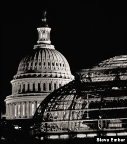 Washington Domes - The US Capitol and US Botanic Garden (Steve Ember)