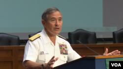 美军太平洋司令部司令哈里斯上将2016年5月17日在华盛顿演讲 (美国之音黎堡拍摄)