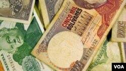 En bolívares el dólar parelelo en Venezuela vale casi el doble que el tipo de cambio oficial y casi tres veces el dólar para importaciones.