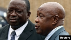 VaChris Mutsvangwa (R) vakakundwa musarudzo yemuNorton