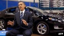 Predsednik Barak Obama snima nedeljni govor Amerikancima 30. juli 2010.