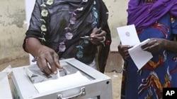 Governo angolano quer registar 200 mil eleitores por dia