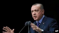 Le président turc Recep Tayyip Erdogan donne un discours à Ankara, le 19 mars 2018.