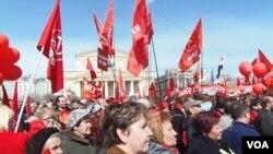 2013年俄羅斯共產黨莫斯科市中心五一節集會 (美國之音白樺拍攝)