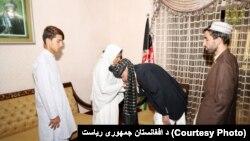 جنرال عبدالرازق د تیرې پنجشنبې په ورځ کندهار کې په یو تروریستي برید کې خپل ژوند له لاسه ورکړ.