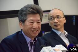湯家驊表示,成立新智庫不會影響他投票否決港府政改方案的決定。(美國之音湯惠芸攝)