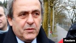 Michel Platini arrive au QG de la FIFA, Suisse, le 15 février 2019.