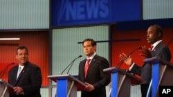 Chris Christie, Marco Rubio y Ben Carson durante el debate en Cleveland, Ohio.