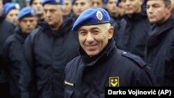 Bivši general srpske policije i komandant Žandarmerije Goran Radosavljević Guri, 24. oktobra 2003. godine (Foto: AP/Darko Vojinović)