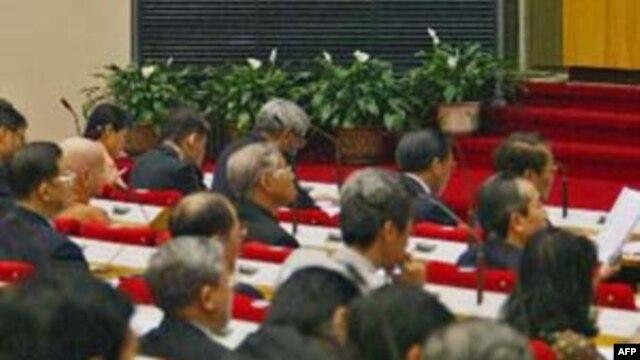 Bùn đỏ giữa Quốc hội: Hai vấn đề chính chưa được nói tới