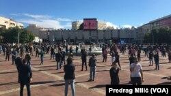 ARHIVA - Protest ugostitelja protiv mjera za suzbijanje pandemije u Podgorici