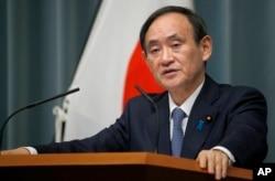 스가 요시히데 일본 관방장관.