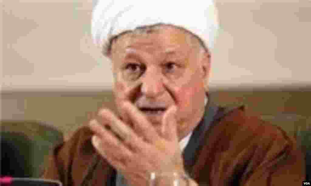 اکبر هاشمی رفسنجانی از احتمال نامزدی خود برای انتخابات امسال ریاست جمهوری خبر داده است. جناح نزدیک به رهبری از نامزدی احتمالی وی انتقاد کرده است.