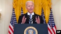 拜登总统在白宫东厅就阿富汗问题发表讲话。(2021年8月16日)
