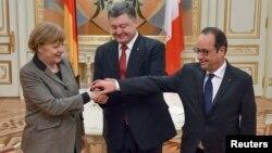 Los líderes de Alemania, Ucrania y Francia van a Minsk el miércoles para discutir con Putin el plan de pacificación del este de Ucrania.