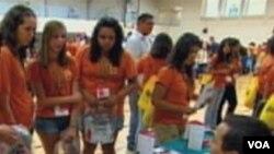 Hispanici, srednješkolci na Simpozijumu mladih Hispanika