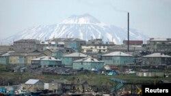 Isla de Kunashiri, una de cuatro islas de las Kuriles Meridionales, conocidas como Territorios del Norte en Japón.