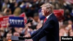 Donald Trump, candidat républicain à la présidentielle de novembre, pendant son discours à Cleveland, le 21 juillet 2016. (REUTERS/Carlo Allegri)