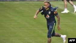"""Neymar lors d""""un entrainement à Sochi, le 19 juin 2018."""