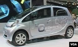 Kupcima će u 2011 biti ponudjen i sve veći izbor manjih, ekonomičnih automobila na klasični benzinski pogon